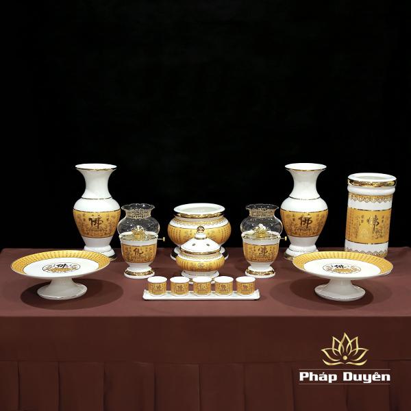 Bộ đồ thờ gốm sứ vàng chữ phật tâm kinh đài loan